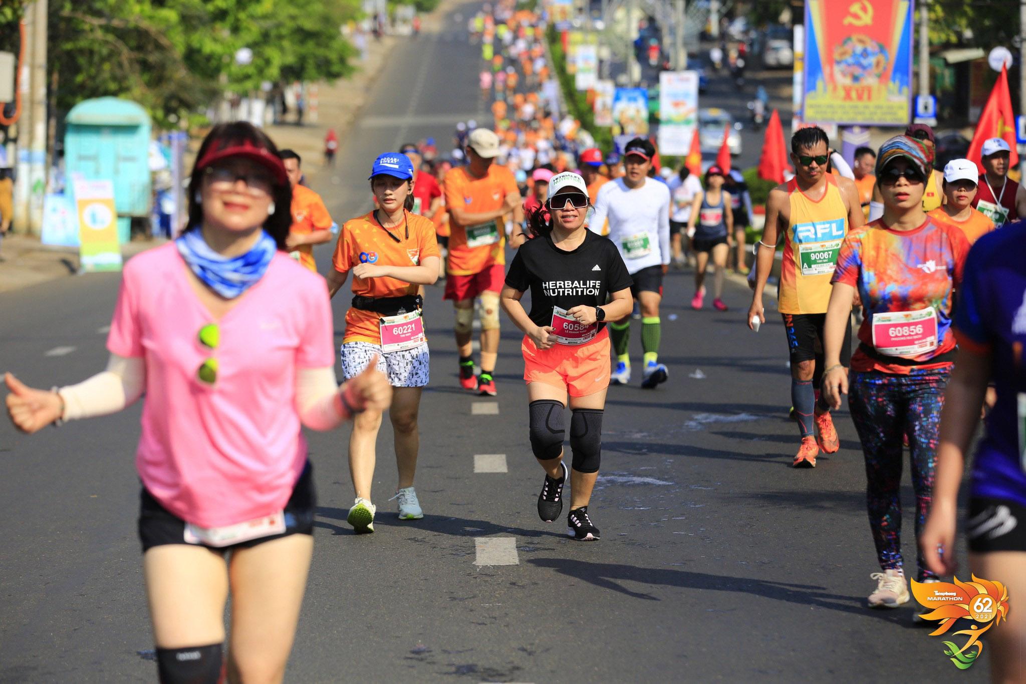 Herbalife Việt Nam hỗ trợ tổ chức Giải Vô địch quốc gia marathon và cự ly dài báo Tiền Phong (Tiền Phong Marathon) 2021