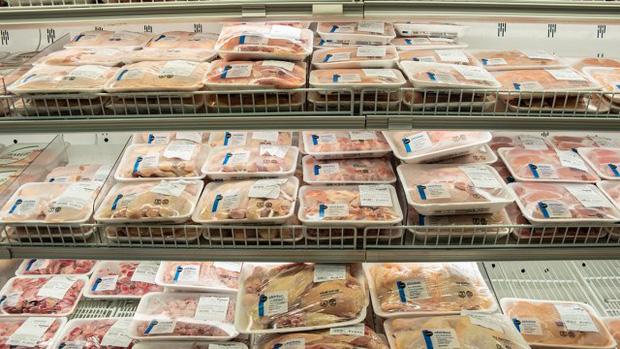 Đây là loại thịt có thể chứa nhiều vi khuẩn nguy hiểm mà các gia đình vẫn dùng hàng ngày, chuyên gia cảnh báo